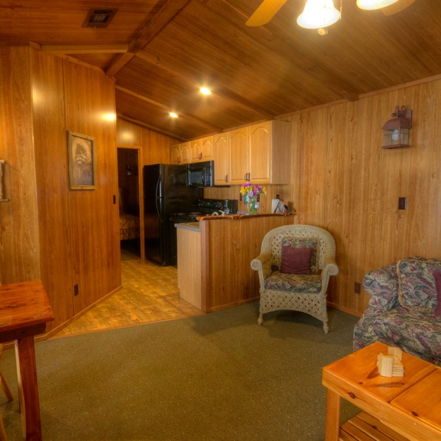 Photo of cabin17-1835775747-O.jpg